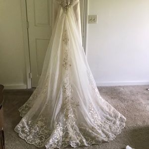 Other - **SOLD**Train for Mia Solano wedding dress